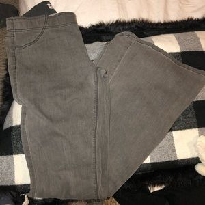 Amazing Free People Bell Bottom jeans!